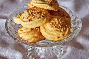 Biscottini della nonna con granella di nocciole
